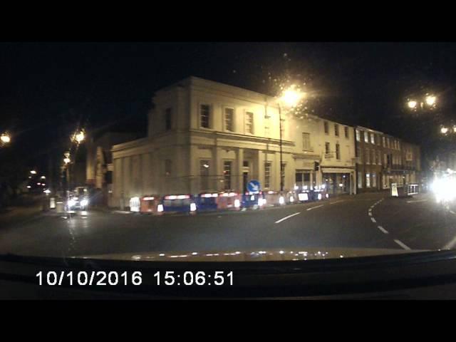 Idiota na drodze