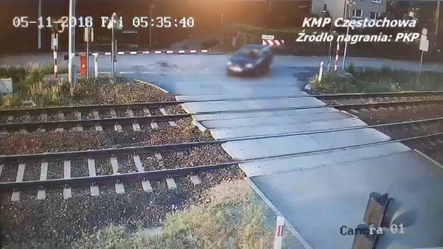 Blachownia. Wypadek na przejeździe kolejowym