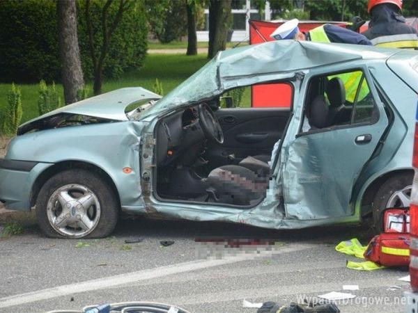 Kierowca zmarł po wypadku